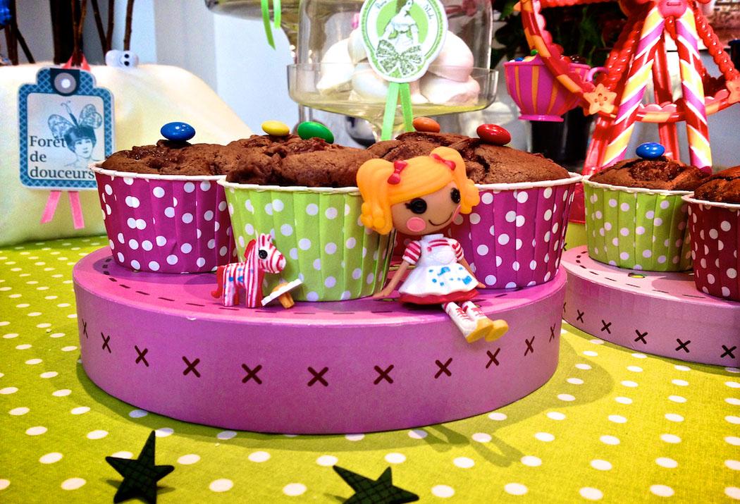 sweet table poupées et boutons